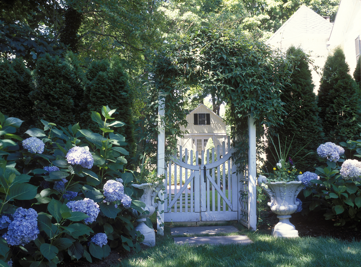 Victorian With Cottage Gardens New Canaan Hoffman