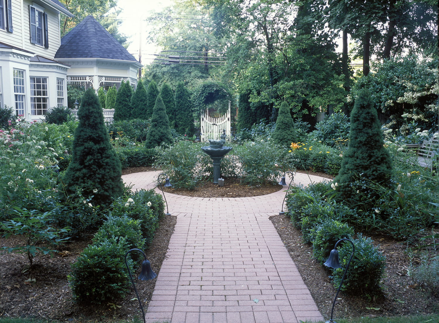 Victorian With Cottage Gardens New Canaan