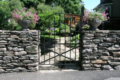 gates-4