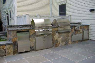 Kitchens Grills 14